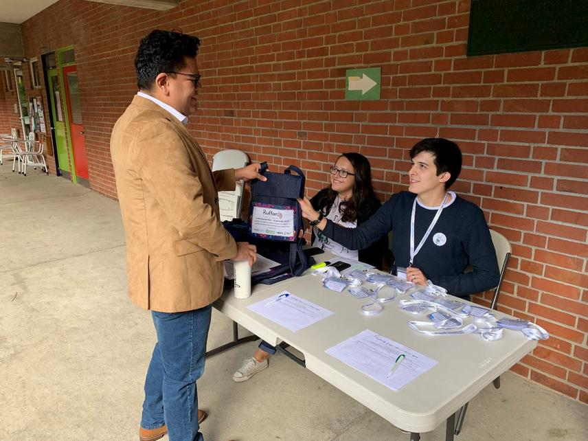 Registration of participants before the event (Guatemala, 2019).