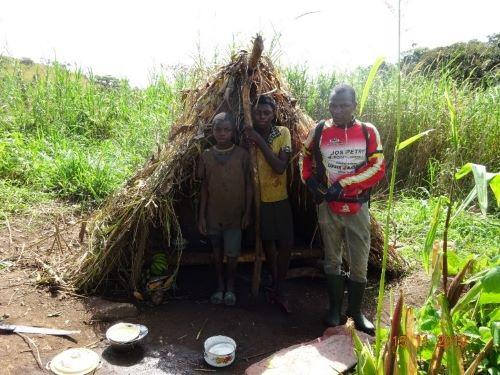PI and locals guarding in a maize farm. © Mbeng Godwill Akou.
